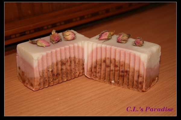 草莓慕斯皂