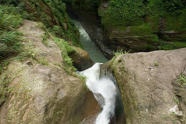 青龍瀑布-峽谷奇觀