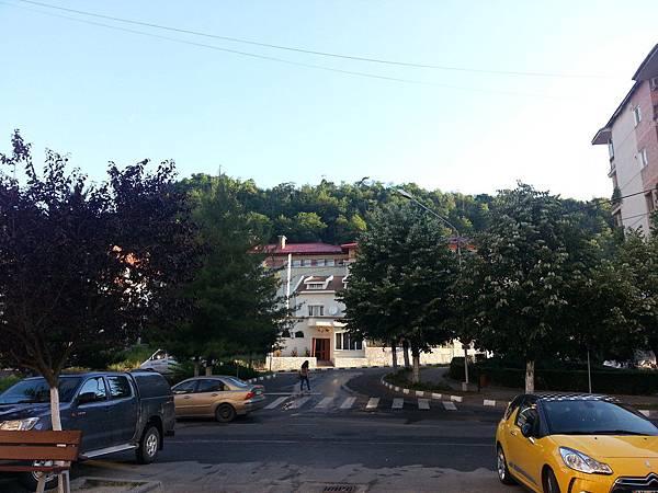 near hotel 1.jpg