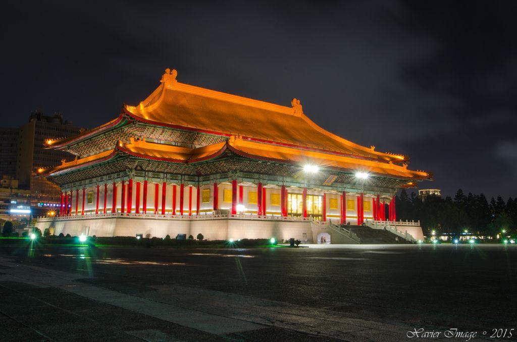 中正紀念堂國家戲劇院夜景
