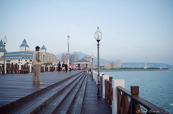淡水漁人碼頭原木棧道 4