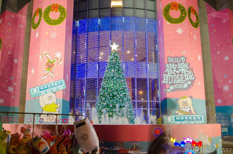 板信商銀 - 耶誕星願池耶誕樹