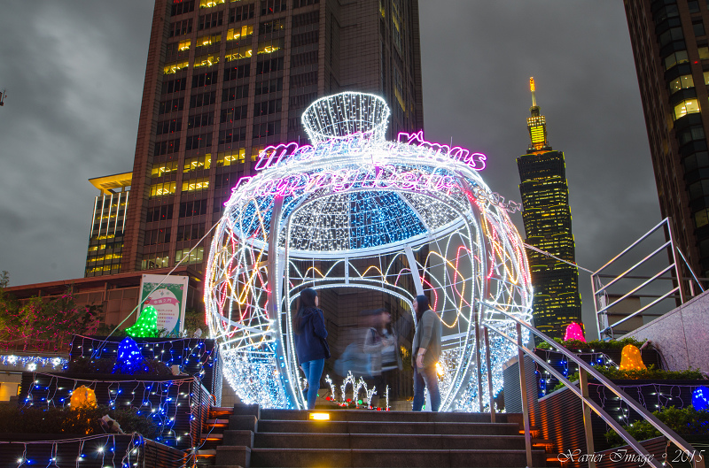 台北信義區夜景聖誕燈飾_統一阪急