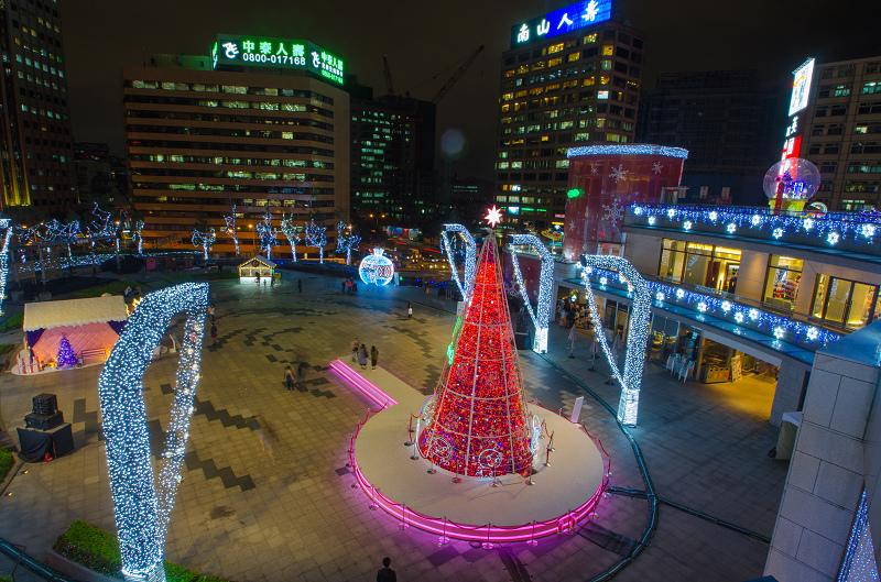 台北信義區夜景聖誕燈飾_統一阪急 13