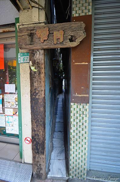 台南府中街_窄門咖啡