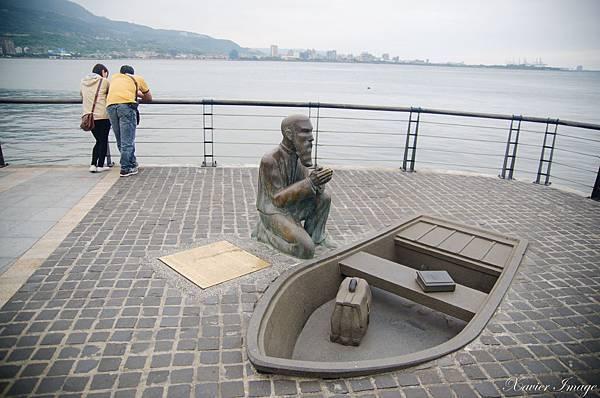 淡水馬偕博士上岸地點銅像