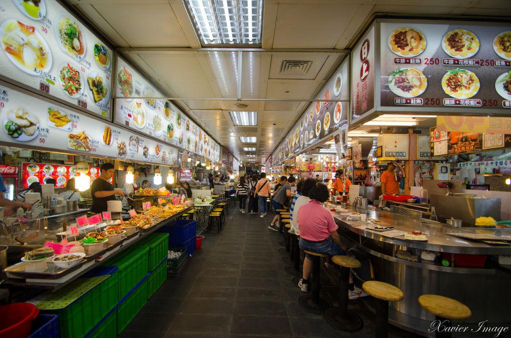 士林夜市_士林公有市場美食區