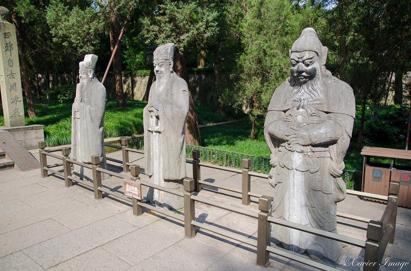 杭州西湖岳王廟_岳飛墓_石像生