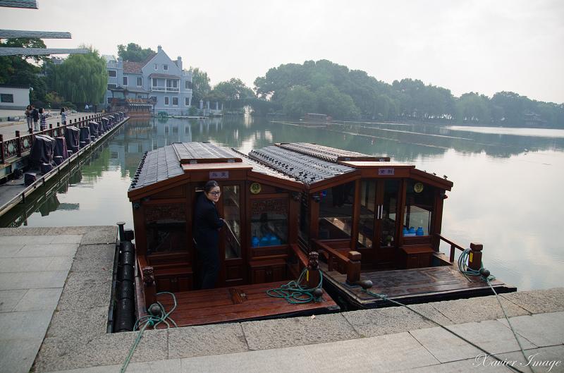 杭州西湖岳王廟_碼頭遊船