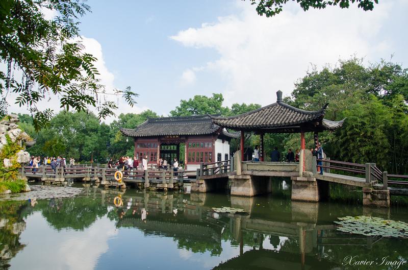 杭州西湖三潭印月_亭亭亭_九曲橋