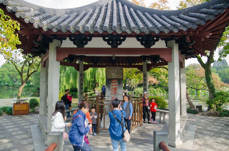 杭州西湖三潭印月_石碑