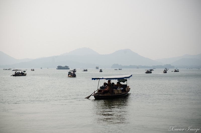 杭州西湖_白堤_船 2