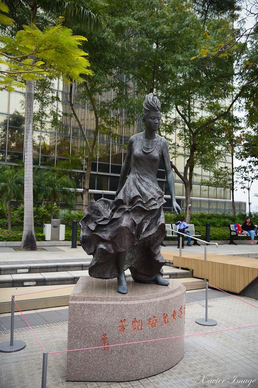 香港星光花園_梅艷芳銅像