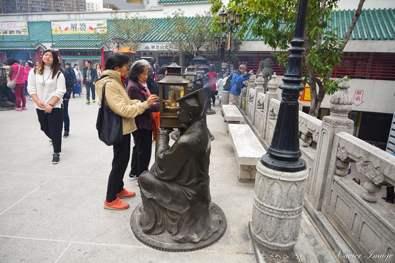 香港黃大仙祠_點香處