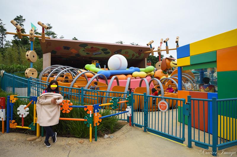 香港迪士尼樂園_反斗奇兵大本營_轉轉彈弓狗