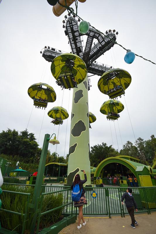 香港迪士尼樂園_反斗奇兵大本營_玩具兵團跳降傘