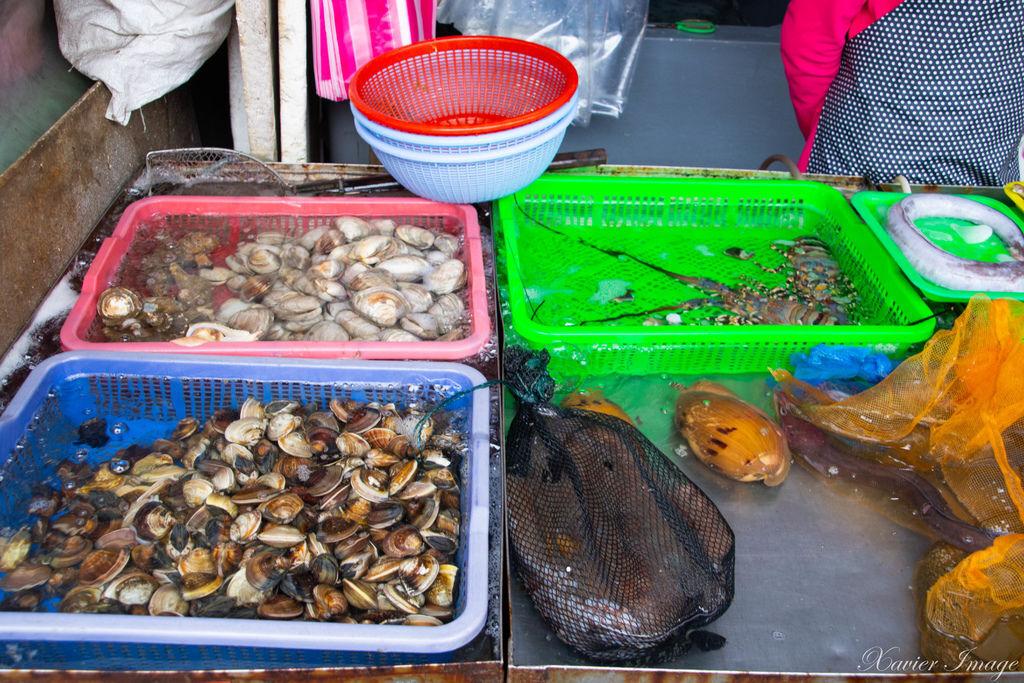 高雄興達港觀光漁市 13