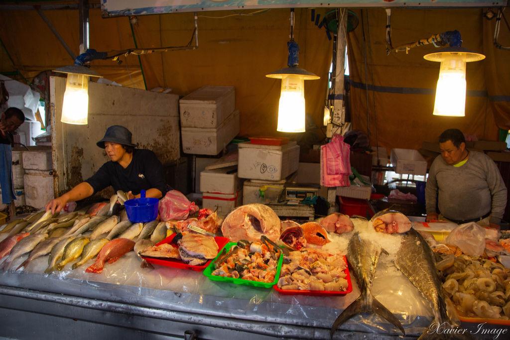 高雄興達港觀光漁市 15