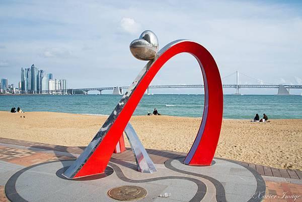 韓國釜山_廣安里海水浴場_愛心藝術裝置