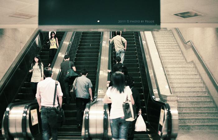 新加坡,請靠左