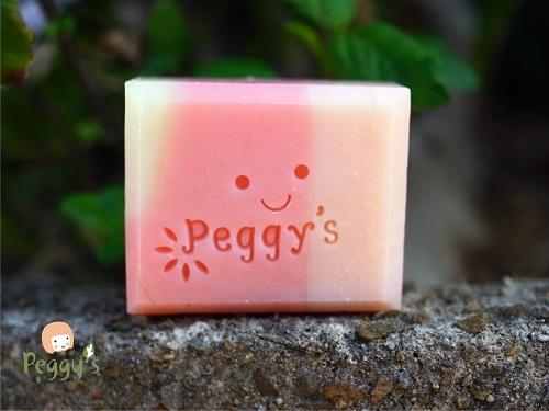peggy微笑1.jpg