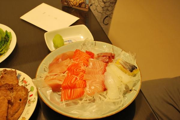 范老爺愛吃的生魚片