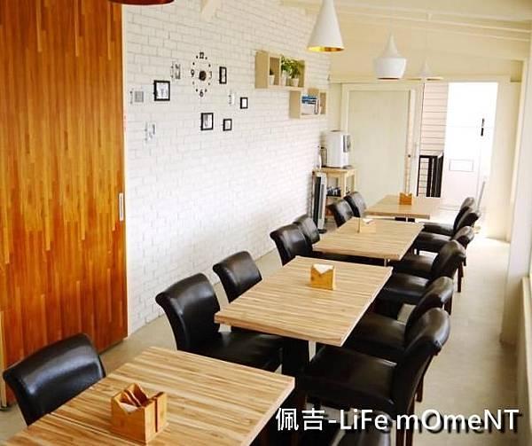 咖啡廳內部2