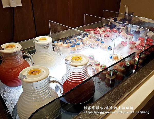 台中飯店推薦-全國大飯店-早餐西瓜汁.jpg