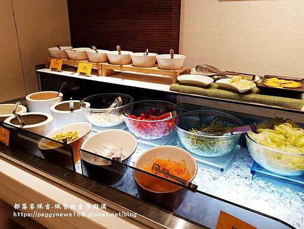 台中飯店推薦-全國大飯店-早餐沙拉區1.jpg