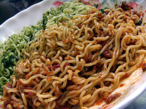 Great -- 青醬 & 蕃茄乾醬拌麵