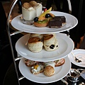 Lounge@ 4 Seasons -- Tea Set