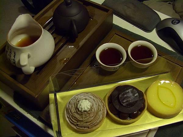 文革老磚 + 甜點