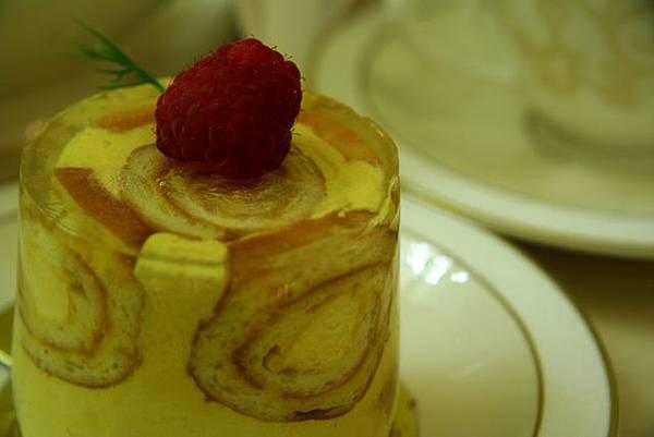 Antique -- 芒果蛋糕