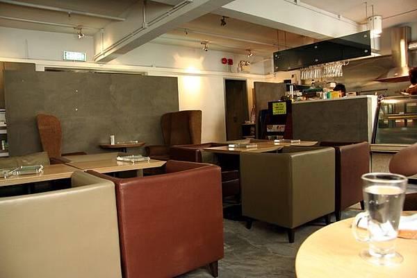 OM Cafe -- 室內環境