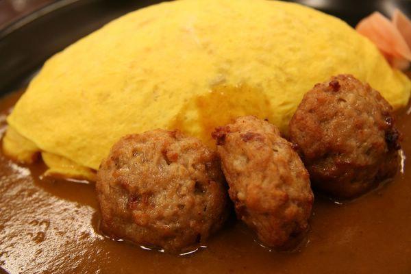 北極星 -- 漢堡咖喱蛋包飯 (バーガーカリーオムライス)