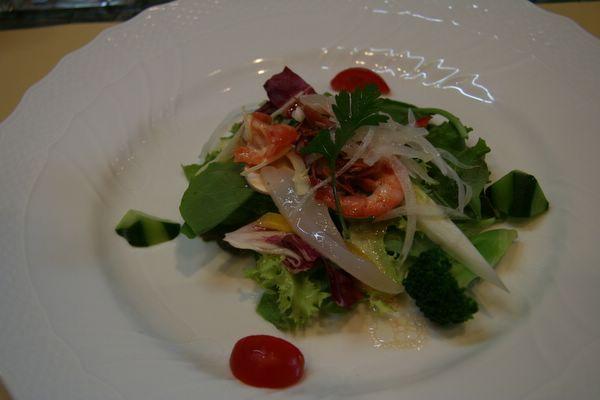 Tor Road Steak Aoyama -- 海鮮綜合沙拉
