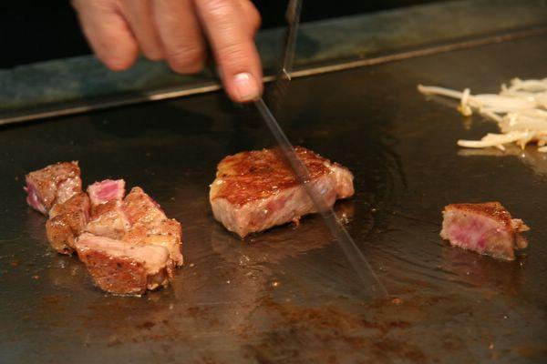 Tor Road Steak Aoyama -- 再切 (1)