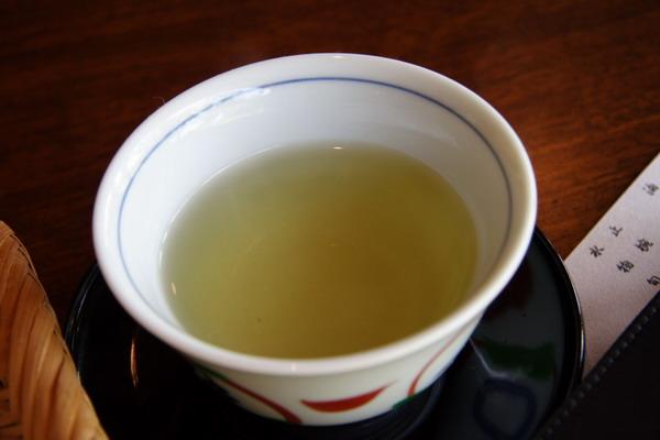 南禪寺順正 -- お茶