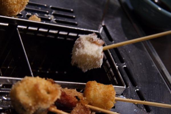 神樂食堂 串家物語 -- 再放到油鍋裡
