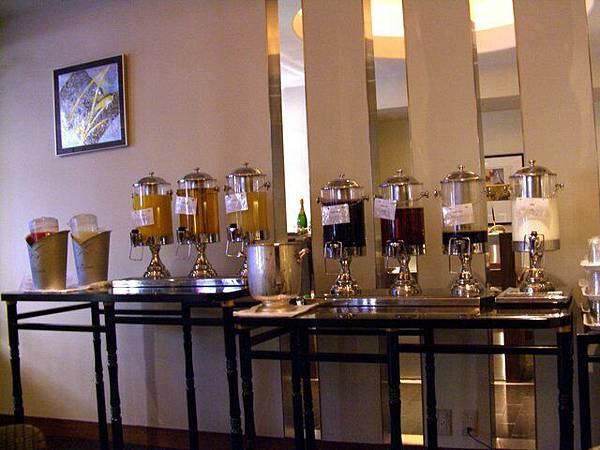 京都ロイヤルホテル -- 果汁