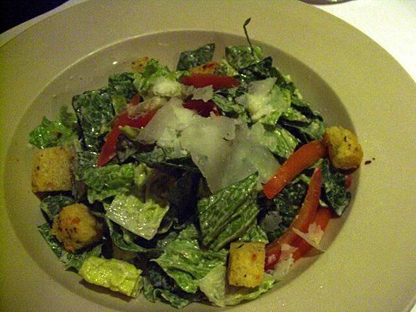 Union Bar & Grill -- 凱撒沙拉