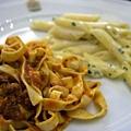 Sabatini -- 肉醬寬條麵 + 四色起司筆尖麵