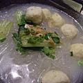 煮館 -- 魚腐魚湯蒟蒻麵