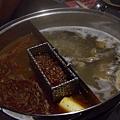 火辣醬門人 -- 四川麻辣 拼 野菌清湯