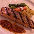 Le Mieux Bistro -- 烤鮭魚扒