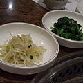 莊園 -- 涼拌豆芽 & 麻油菠菜