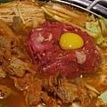 莊園 -- 辣醬牛腸火鍋 (2)