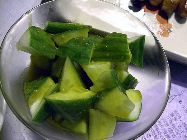 串串貢 -- 溫室小黃瓜沙拉