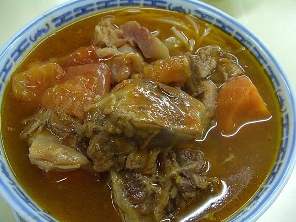 明珠越南餐廳 -- 茄汁牛腩檬