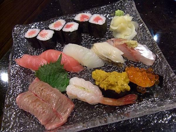 袖山 -- 特上壽司